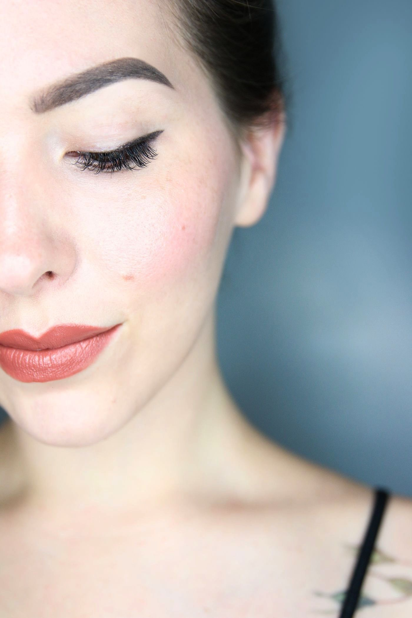 perfect tawny rose lipstick / 90s Winona Inspired -  I have a long-standing love affair with rosy l