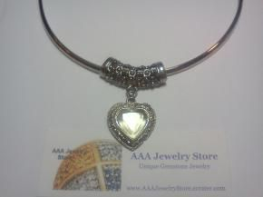 Vintage Citrine Glass Stone Heart & Silvertone Filigree Detail Choker Necklace $6.99