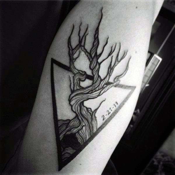 small tattoo designs for men triangle tree tattoos pinterest small tattoo designs small. Black Bedroom Furniture Sets. Home Design Ideas