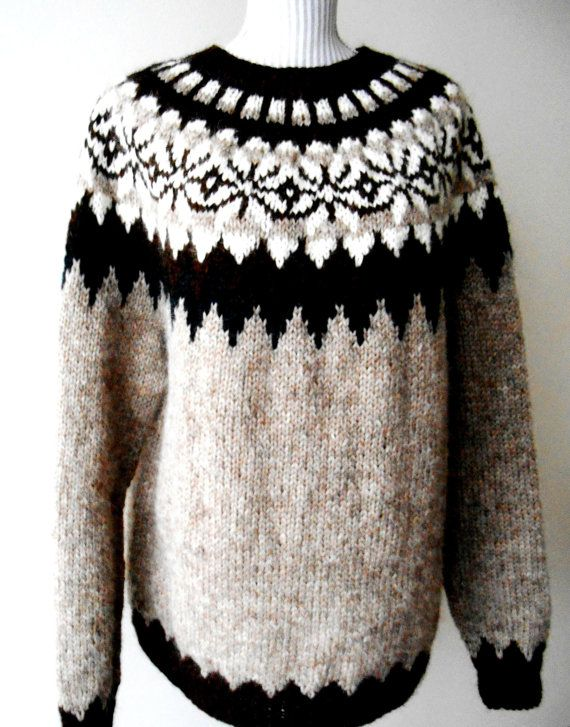 Beautiful sweater Icelandic / Original / Lopapeysa by ArtJak1 ...