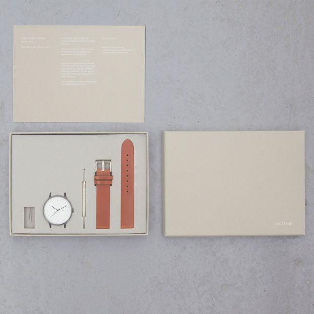 INSTRMNT 01 - Packaging
