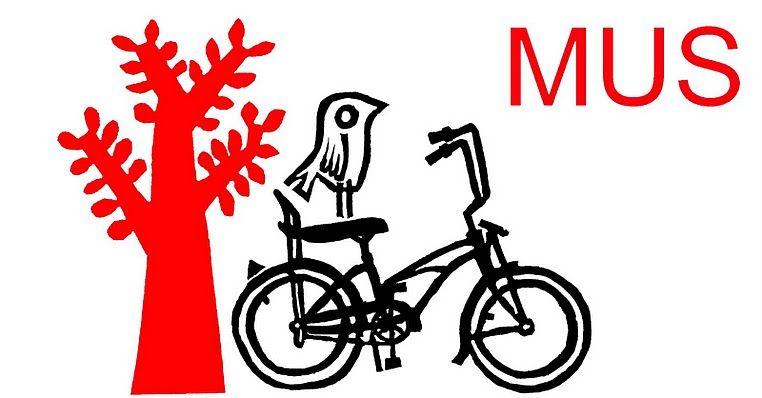 love this blog header for mushandmade.blogspot