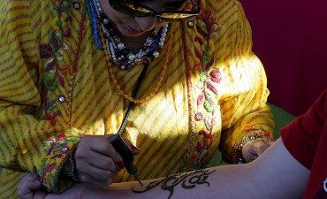traditional henna tattoo design being applied