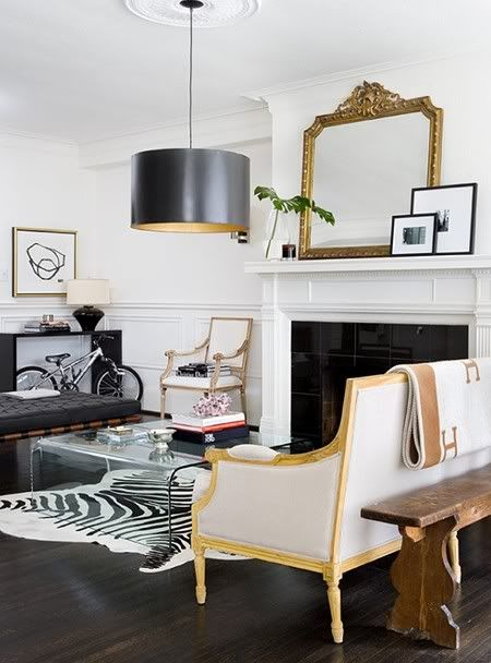Black And White Decor Like An Old Hollywood Movie Modern