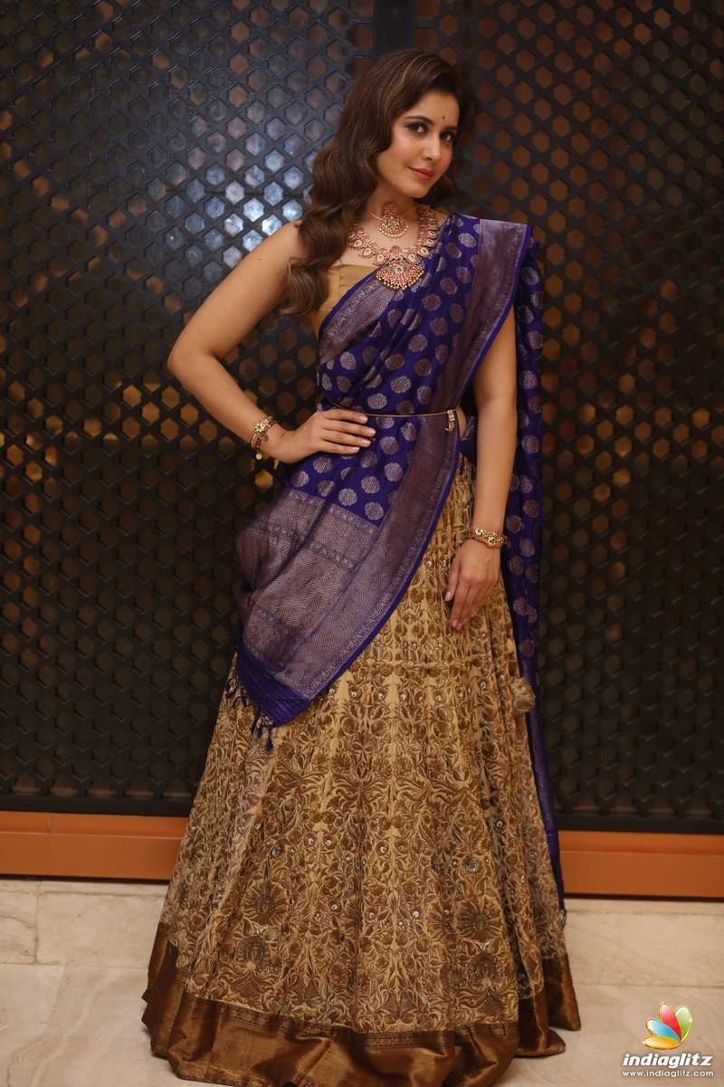 Rashi Khanna Indian wedding outfits, Beautiful saree