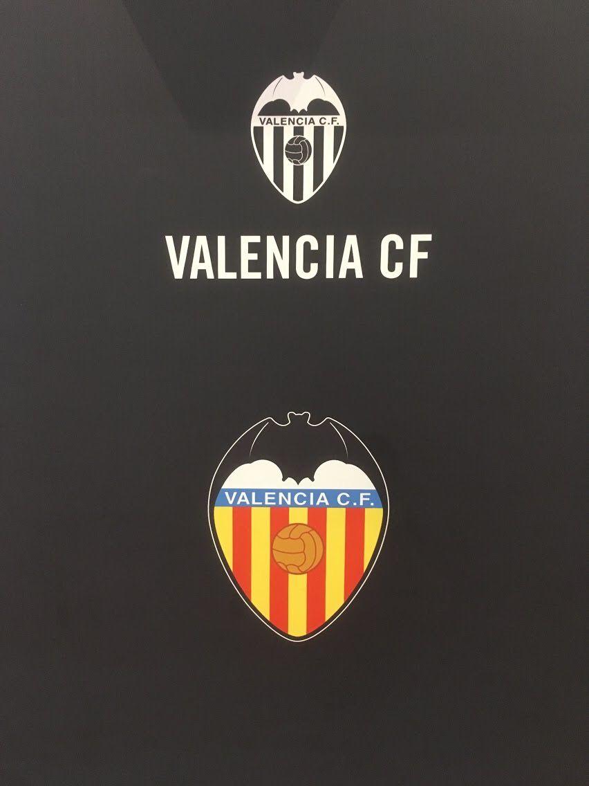 Pin By Harryha On Valencia Pinterest Soccer Football Team And