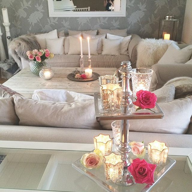 Decoration with the last roses  by passion4interior