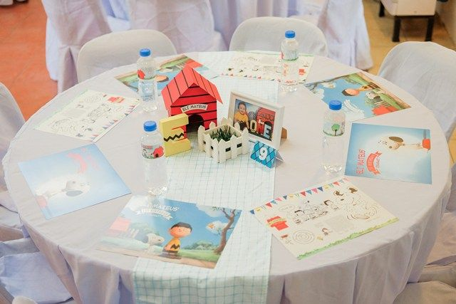 Eli\'s Peanuts Themed Party – Table setup | Peanuts Gang/Charlie ...