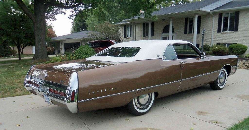 1971 Imperial Lebaron Coupe More Overhang Than The Eaves On My