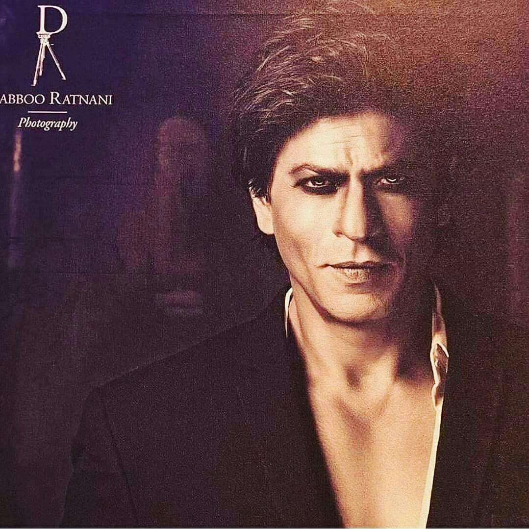 Whoa! Hottie in Dabboo Ratnani's Calendar 2018. #srk #shahrukhkhan  #photography #calendar #Bollywood #hot #superstar Twitte… | Shahrukh khan,  Richest actors, Khan