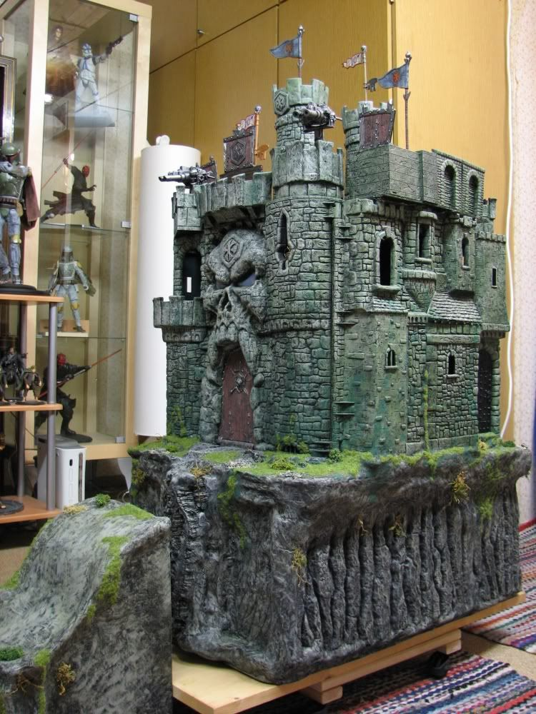 Cool Custom Castle Grayskulls | wargaming terrain | Action figure