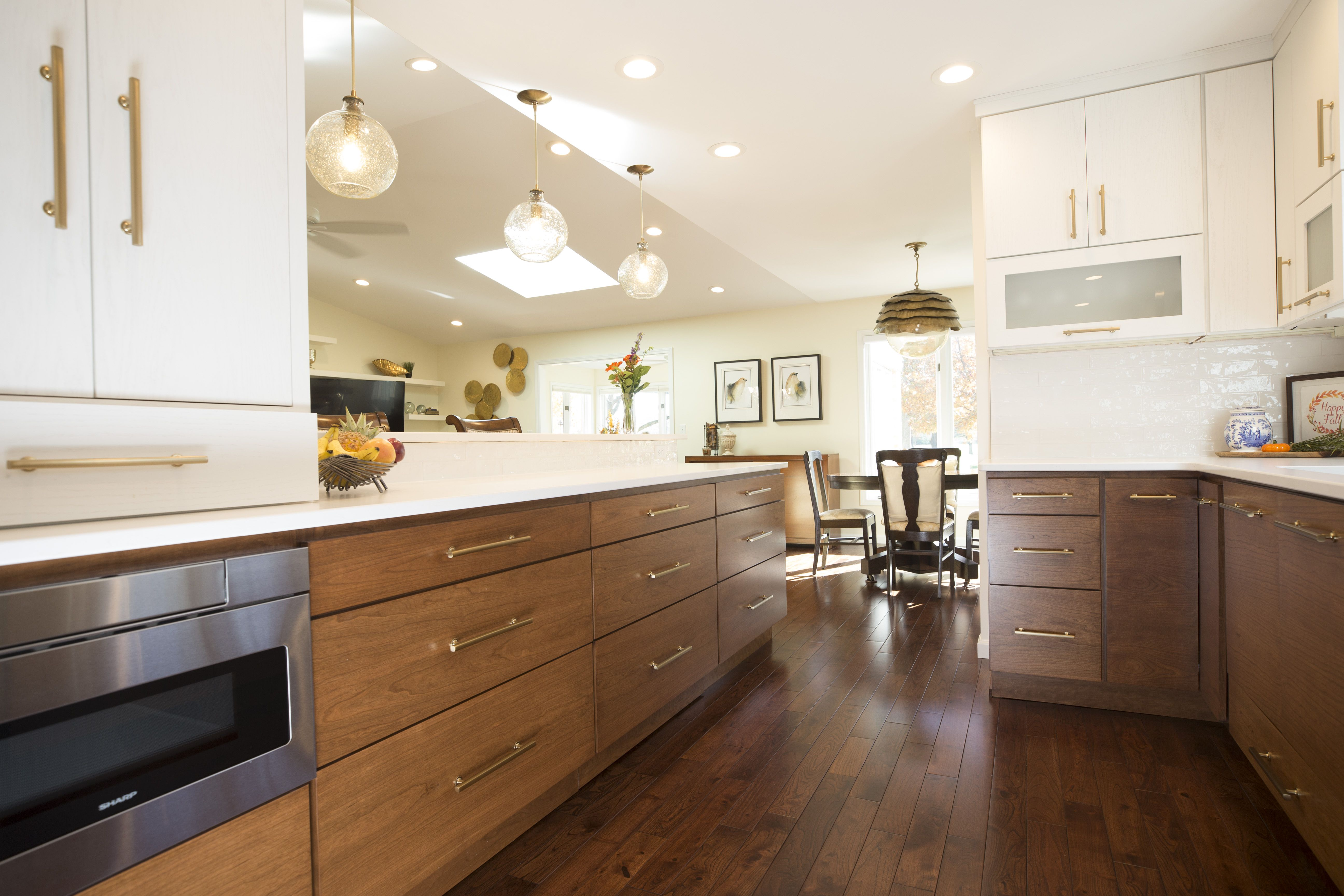 Horizontal Grain Cherry Cabinet Doors With Painted Wall Cabinets Horizontal Walls With Lift And St Contempory Kitchen Kitchen Cabinets Cherry Cabinets Kitchen