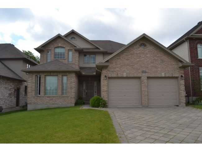 619 FIREFLY DR - Gorgeous open concept 4+1 bedroom 2 ...