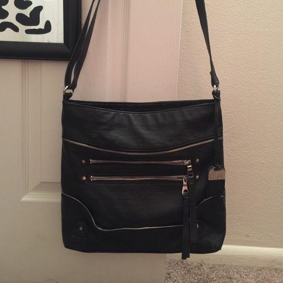 218d828d0d Jessica Simpson Crossbody Bag Black leather Jessica Simpson Crossbody bag..  Nice large size.