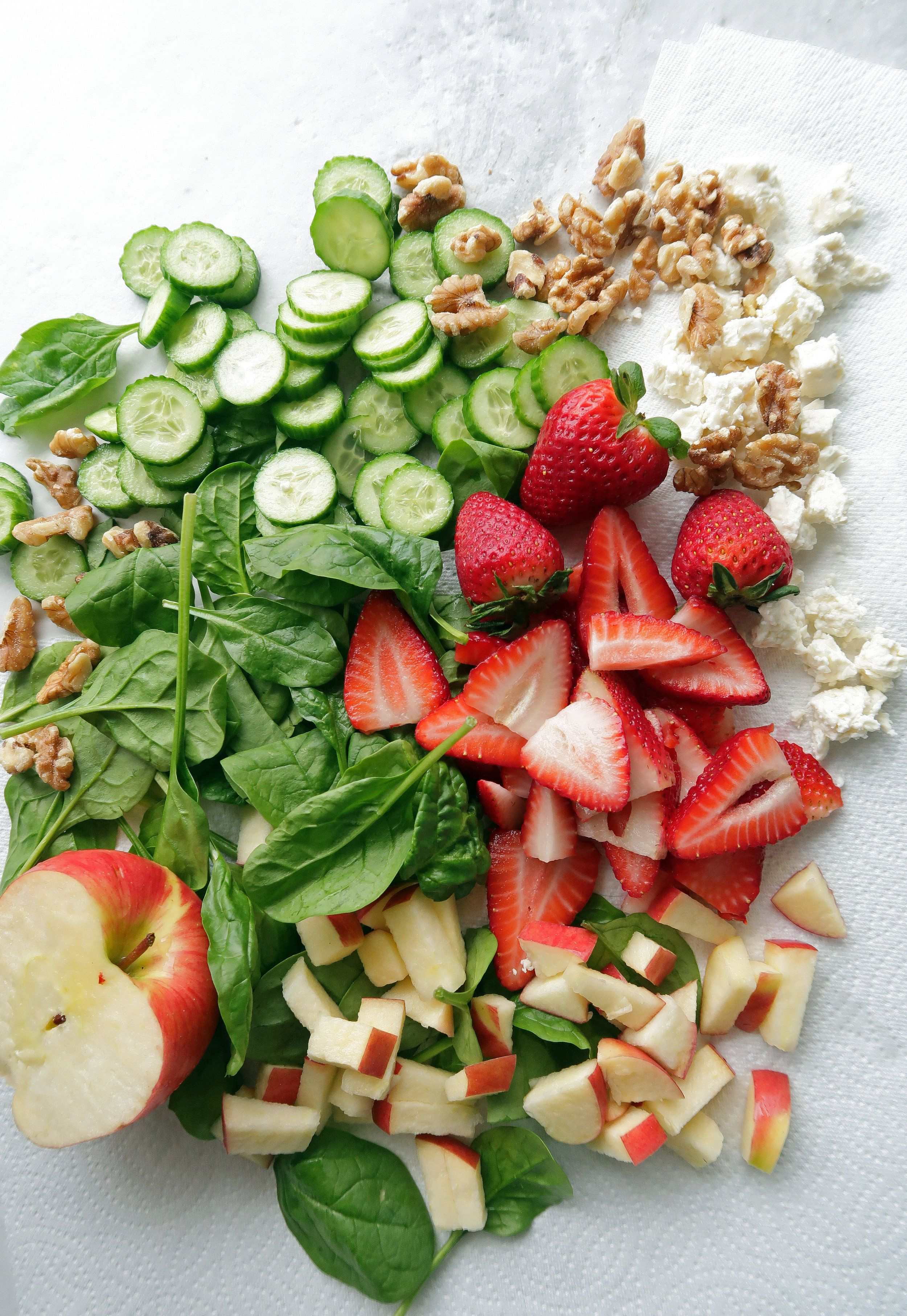 Strawberry Cucumber Spinach Salad with Apple Cider