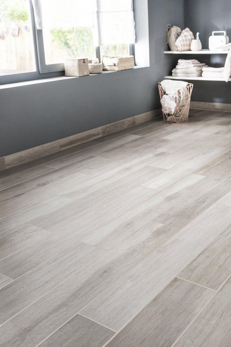 Ces Carrelages Trompe L Oeil Vont Vous Etonner Flooring Faux Wood Tiles Living Room Tiles