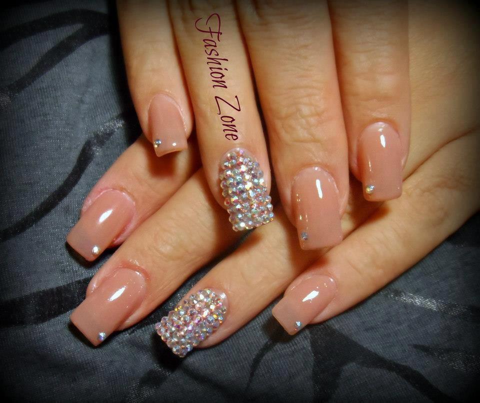 Nails glamour dise o hecho en fashion zone monterrey - Disenos de unas ...