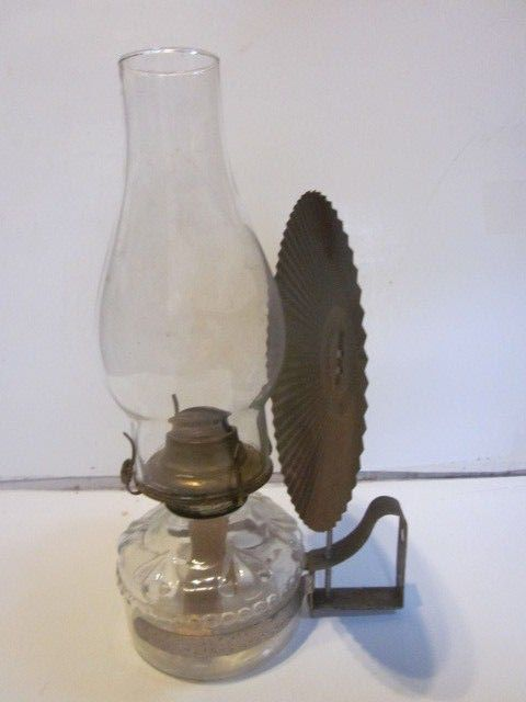 Vintage Eagle Hanging Or Carrying Oil Lamp W/ Chimney Light Deflector Wall  Mount… - Vintage Eagle Hanging Or Carrying Oil Lamp W/ Chimney Light