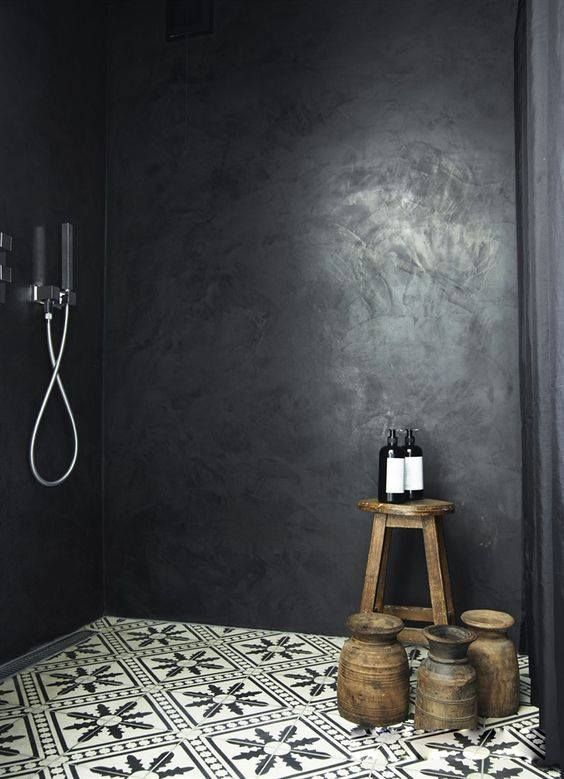 une belle douche l 39 italienne en b ton cir noir et un. Black Bedroom Furniture Sets. Home Design Ideas