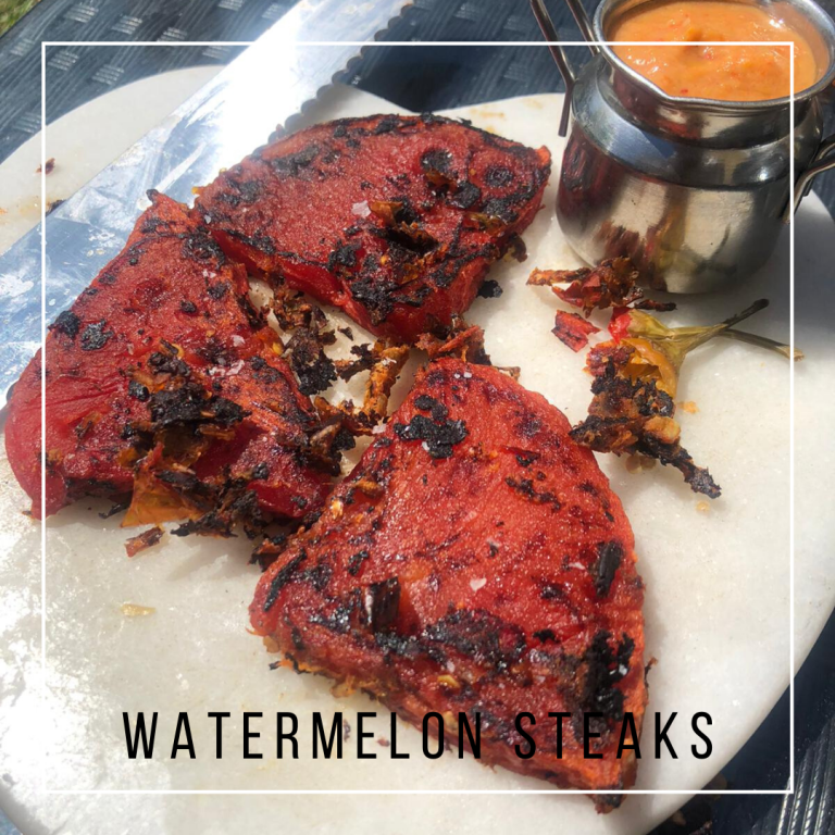 These watermelon steaks are so juicy & fleshy, with a chargrilled outside, a must try for any vegan 🙌🏻 #vegan #veganrecipes #veganfood #vegandinner #veganforbeginners #vegetarian #vegetarianrecipes #vegetarianfood #vegetarianrecipeseasy #vegetarianfoodhealthy