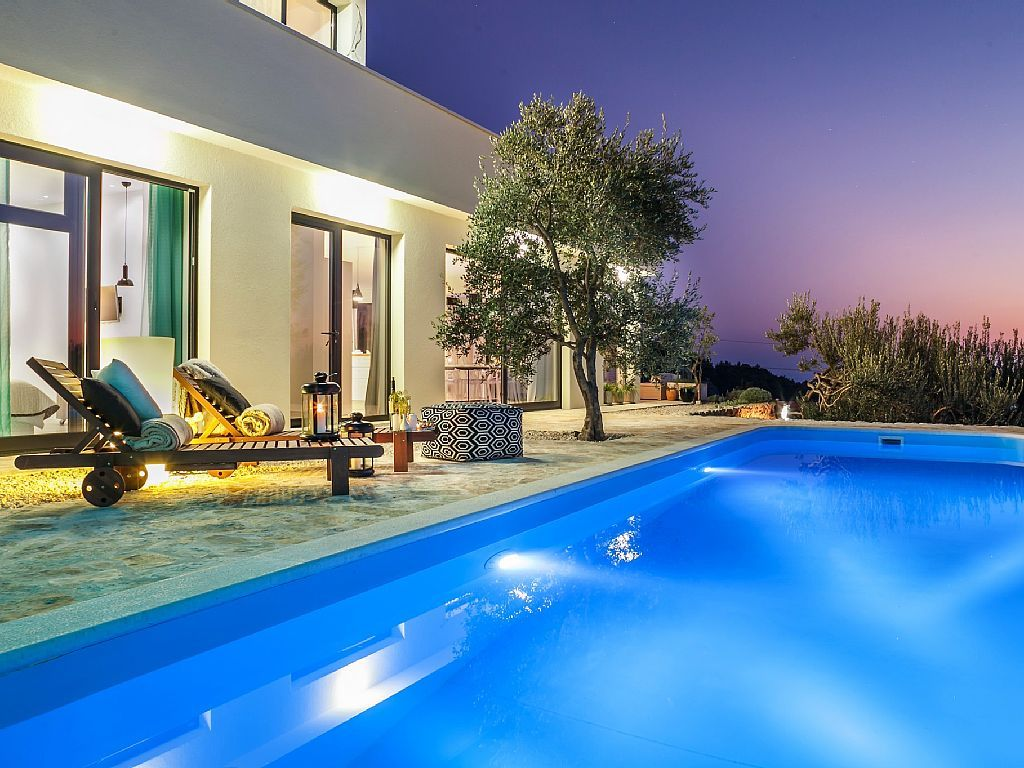 Luxus Villa Chic Mit Pool,Meerblick Terrasse, Gehobene Einrichtung An Der  Makarska: