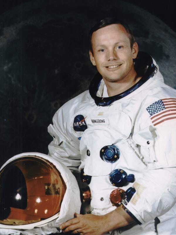 Fallece a los 82 años el primer hombre en pisar la Luna: Armstrong