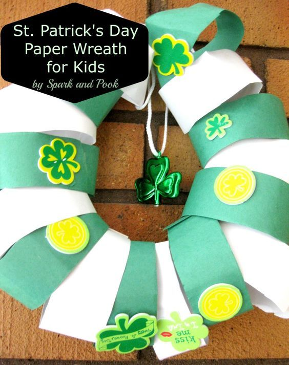 Easy St. Patrick's Day Paper Wreath for Kids - Spark and ...