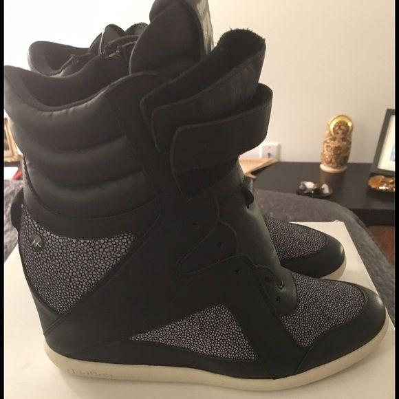 Reebok hightop heeled sneaker   Sneaker