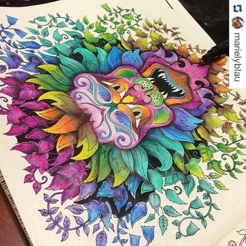 Colorido maravilhoso da  @marielyblau ・  #florestaencantada #enchantedforest #johannabasford #desenhoscolorir #jardimsecreto