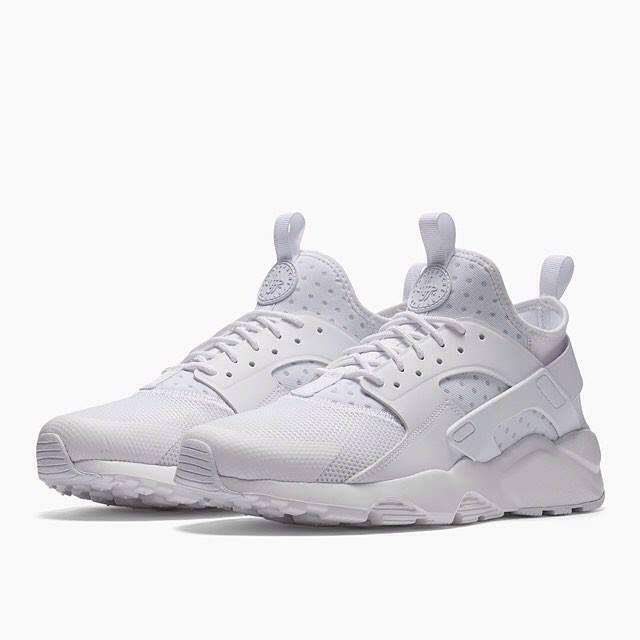 Scopri tutte le novità nel nostro shop online!  streetwear  sneakers ... c79414885d51
