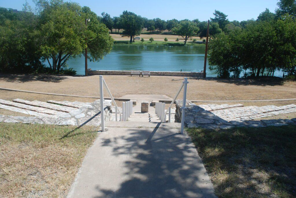 Best campgrounds on the guadalupe river in texas