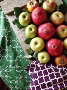 Easy fruit centerpiece   Hen House Linens