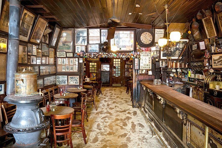 The Urban Lens Inside Mcsorley S Old Ale House Nyc S Oldest Bar 6sqft Pub Interior Old Bar Pub Interior Design