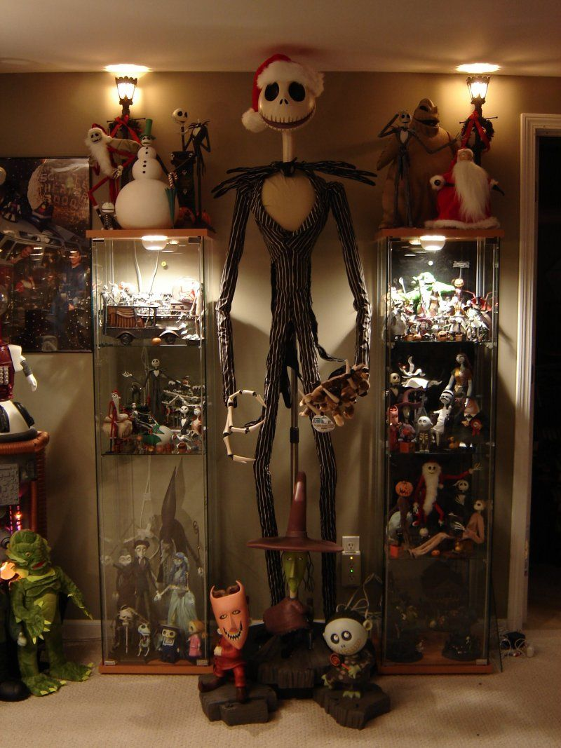 Amazing collections and display ideas   Horror decor ...