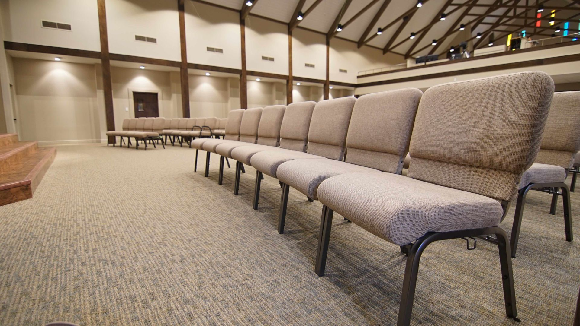 Event Carpet Supplier Malaysia Exhibition Carpet Tile Roll In 2020 Carpet Tiles Church Furniture Church Interior