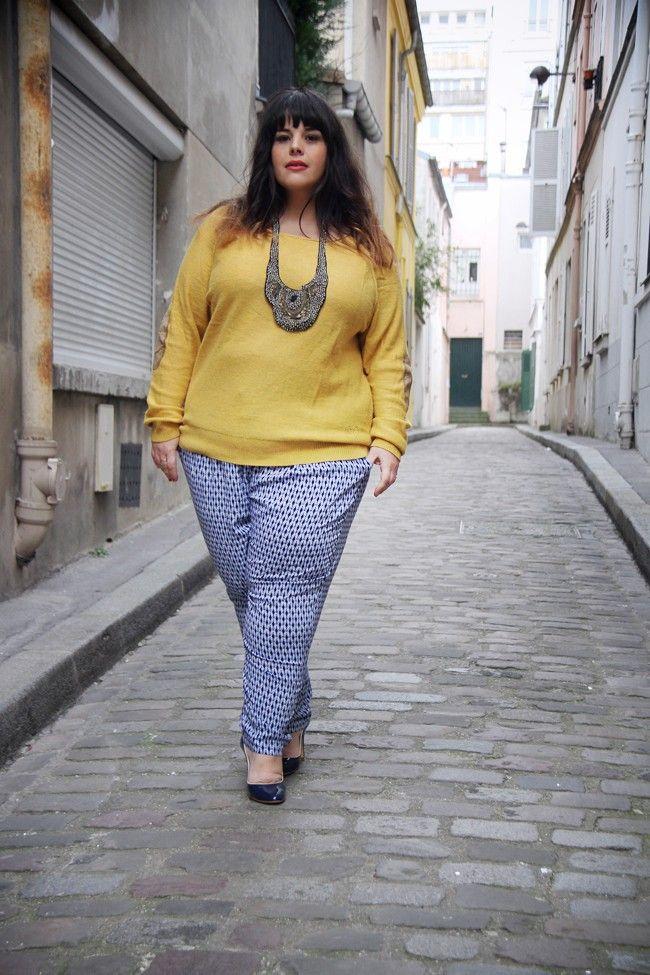+ Pull Soft Grey La Redoute + Pantalon h+ (collection actuelle) +    + Manteau Taillissime + Collier plastron Antik Batik + Escarpins Boden +