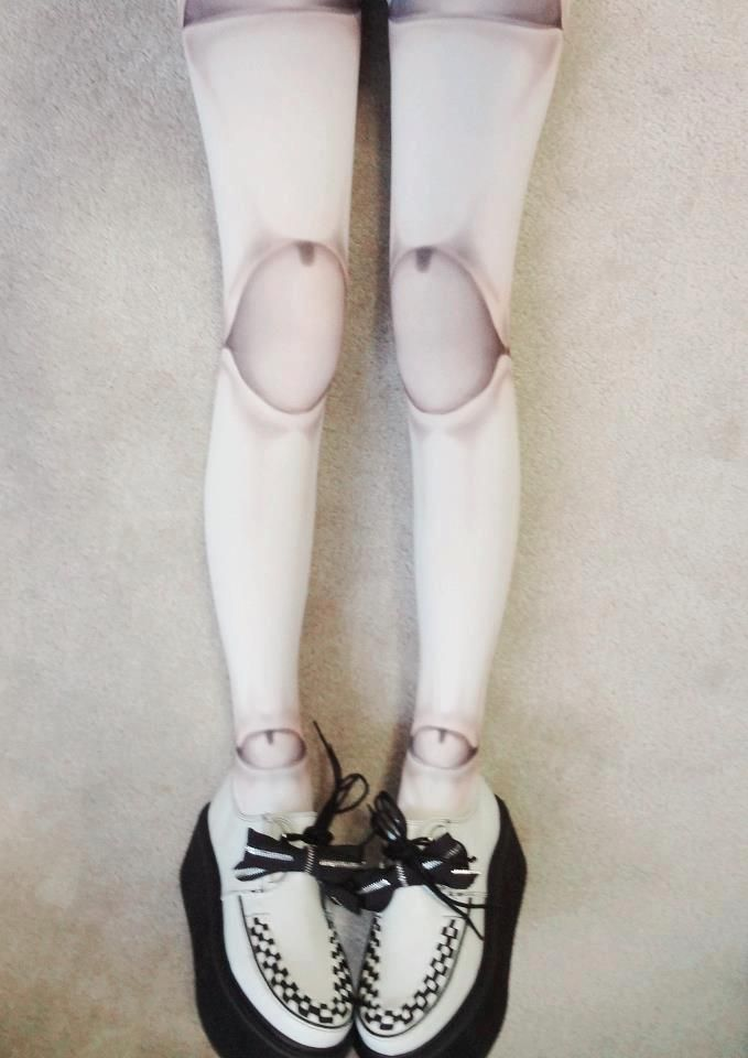 dolls legs