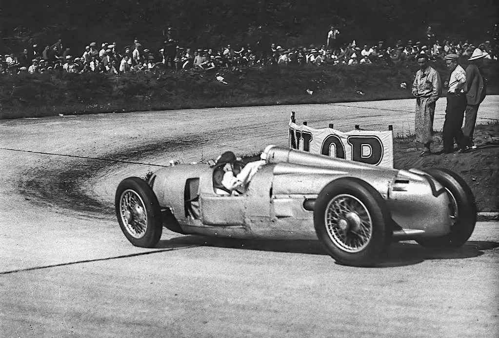 The Auto Union P (for Porsche) featured a (then revolutionary) mid-mounted 16 cylinder engine. With drivers like Hans Stuck and Tazio Nuvolari—two of the best of their generation—behind the wheel, it was virtually unbeatable.