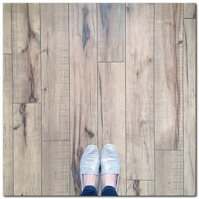 Best Laminate Flooring For Kitchen: Choose Simple Laminate Flooring In Kitchen And 50+ Ideas