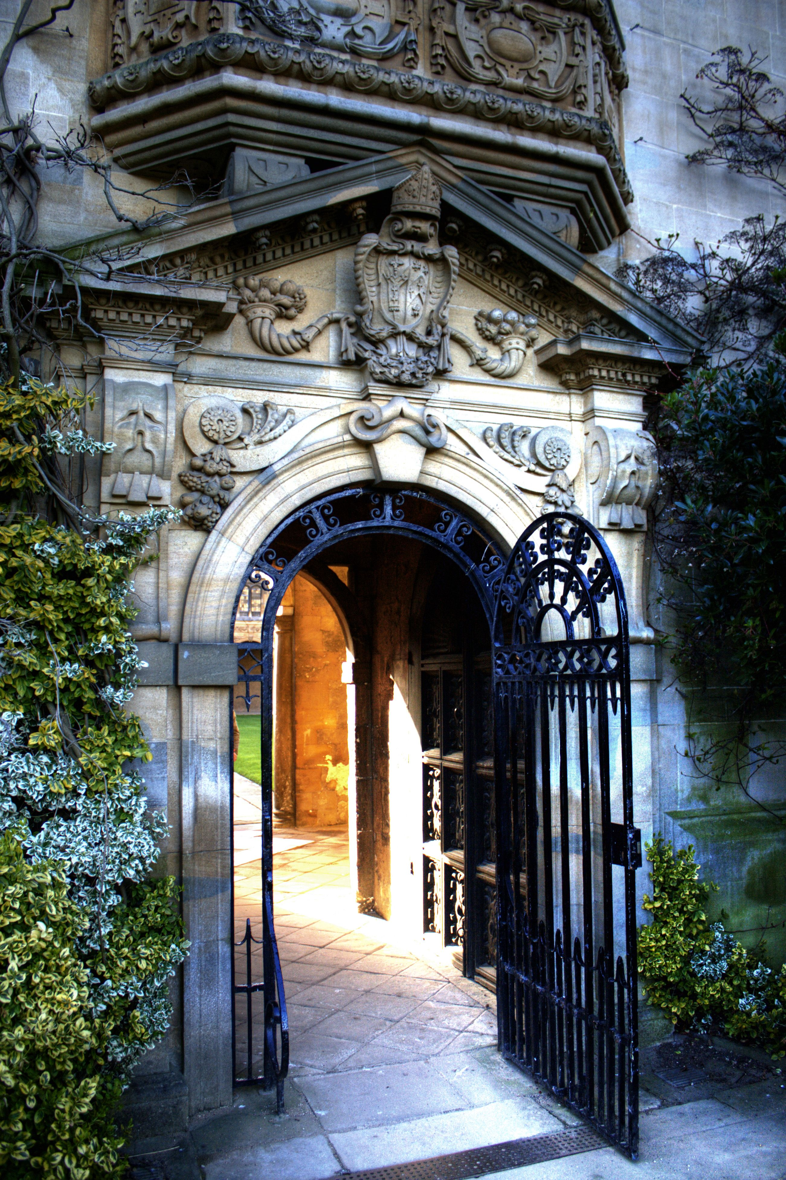 St John's College, Oxford. Garden gate. | St johns college ...
