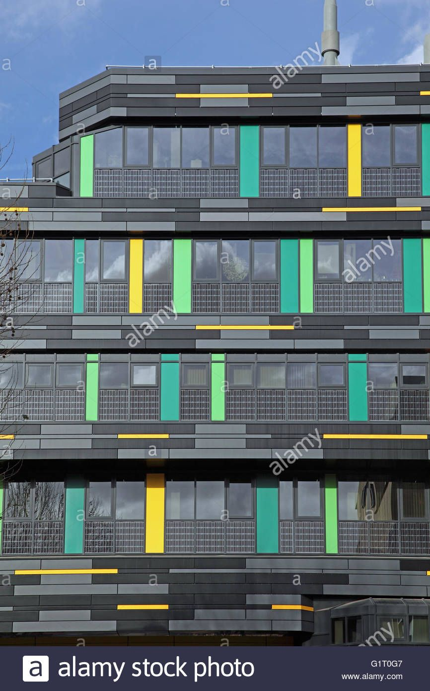Solar Panels Are Incorporated Into The New Wall Cladding On The 1960 S Built G E Fogg Building Queen Mary University Lond Wall Cladding Cladding Solar Panels