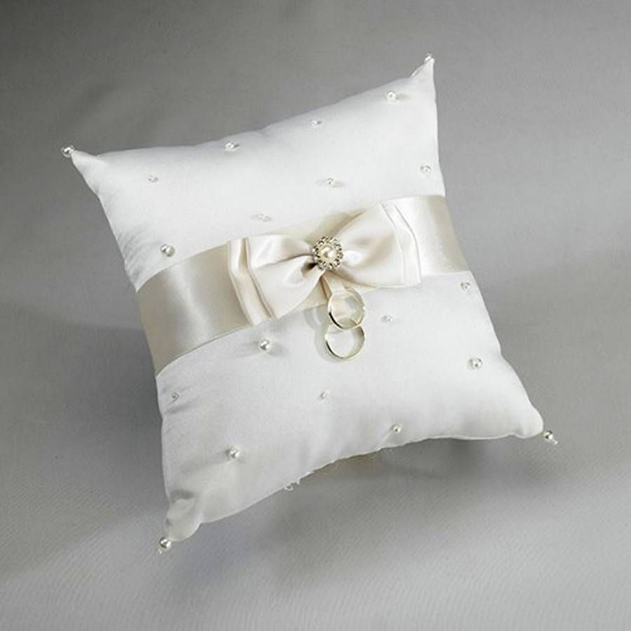 beautiful ideas for ring pillows or a way to use an old wedding gown