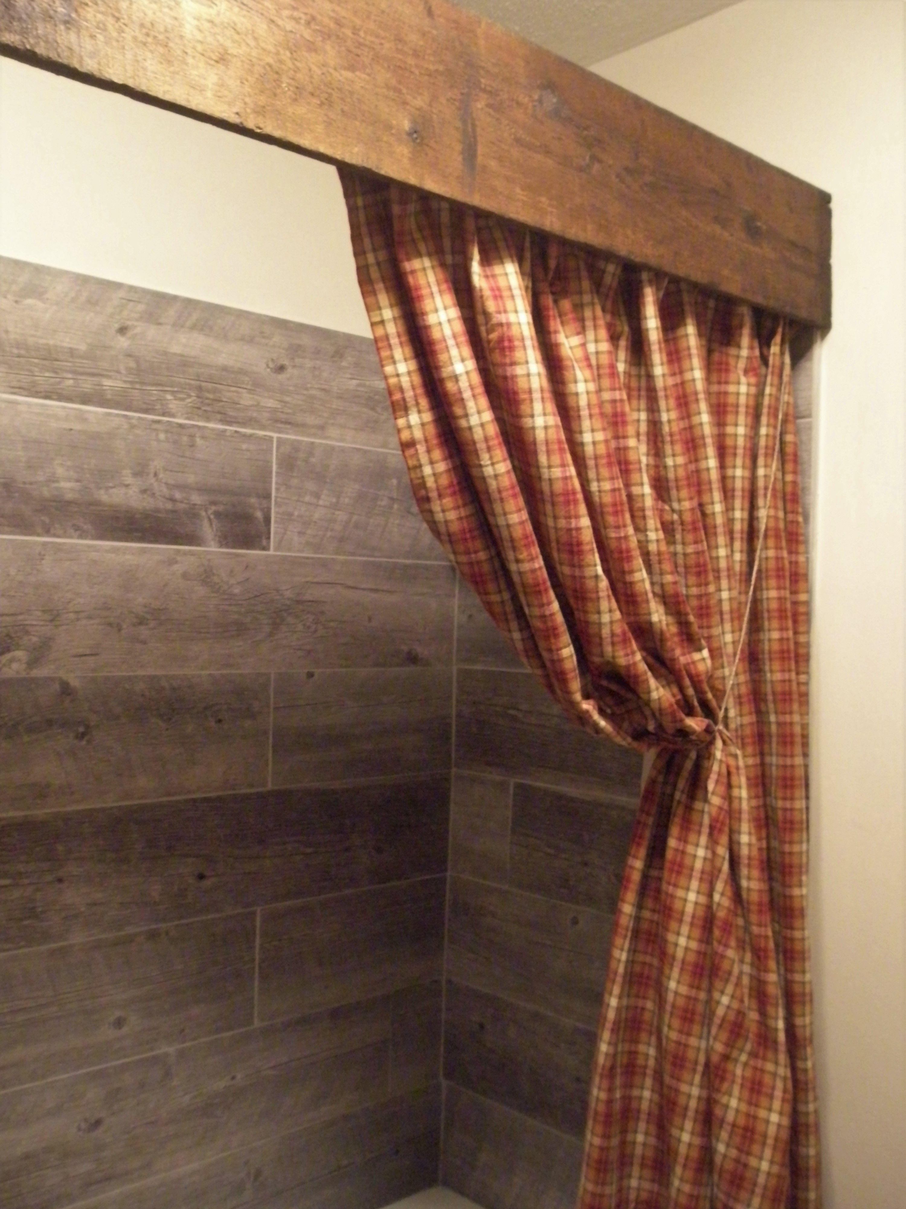 Love This Look Primitivebathrooms 36 Beautiful Farmhouse Bathroom Design And Decor Ideas You Wi Fancy Shower Curtains Shabby Chic Bathroom Primitive Bathroom