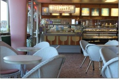 Mobili Morelli ~ Morelli s ice cream parlour in broadstairs the decor is pink and