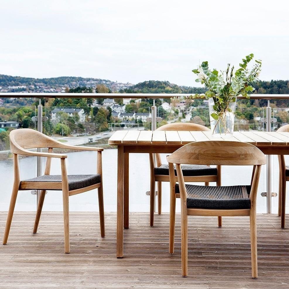 Tolles Design Neu Interpretiert Ganz Im Skandinavischen Design Aus Teakholz  Wird Der Kopenhagen Sessel Handgearbeitet.
