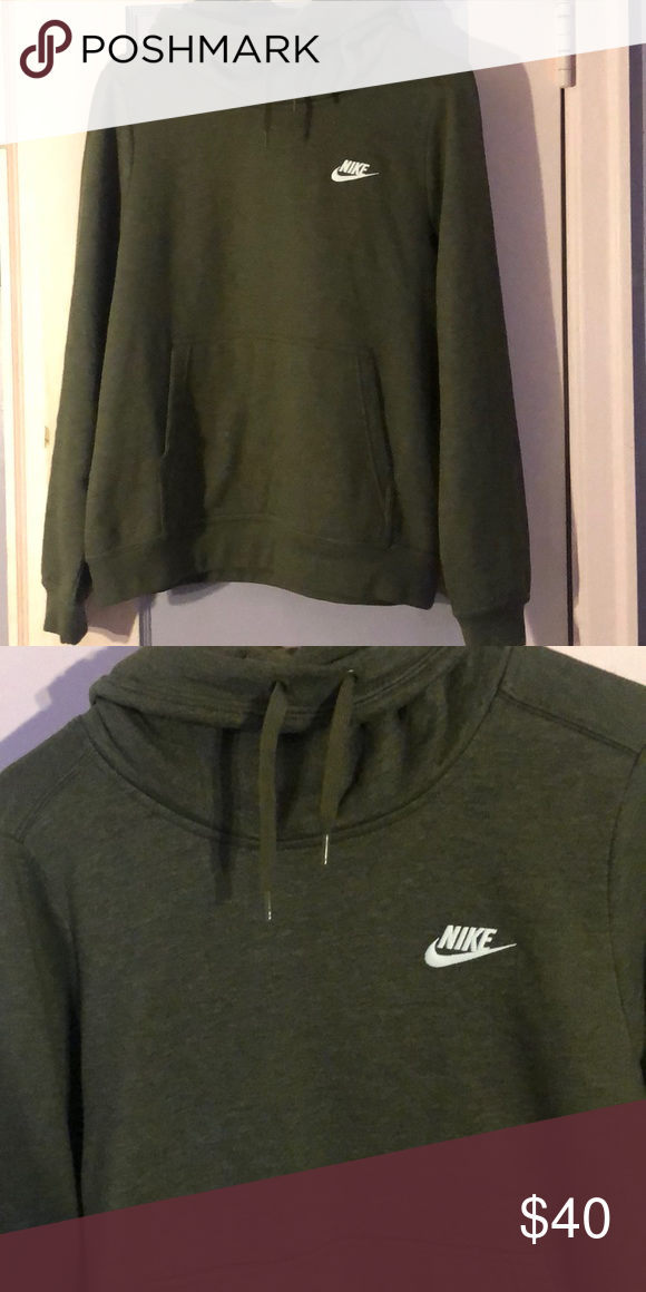 e1c3be12240e Women s Nike Hoodie Brand new with tags