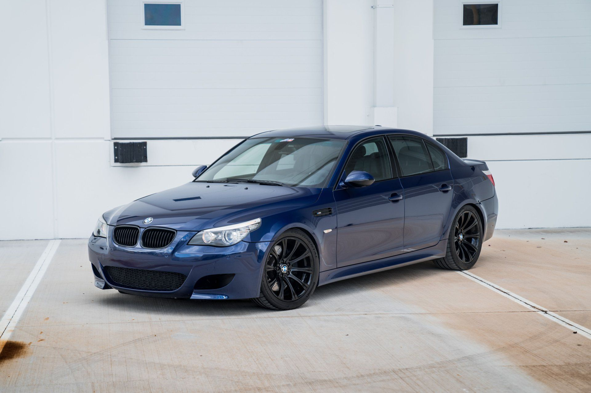 V10 With A Manual 2010 Bmw E60 M5 In 2020 Bmw Collector Cars For Sale Bmw E60