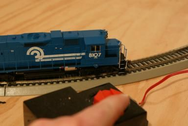 Assembling a Train Set: Follow these 4 steps and you'll be enjoying your train set in no time!