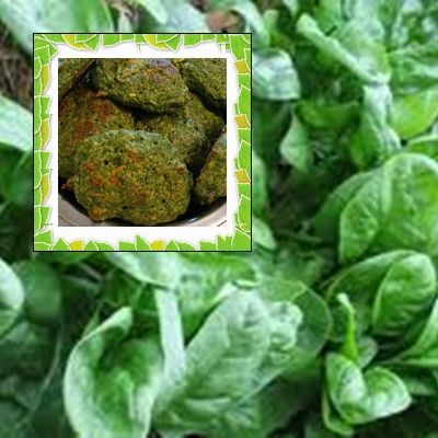 Spinach croquettes.suggestion - You can put cheese and converted into Neapolitan - Place them on a baking sheet layer interspersed with cheese and sauce. parmesan type