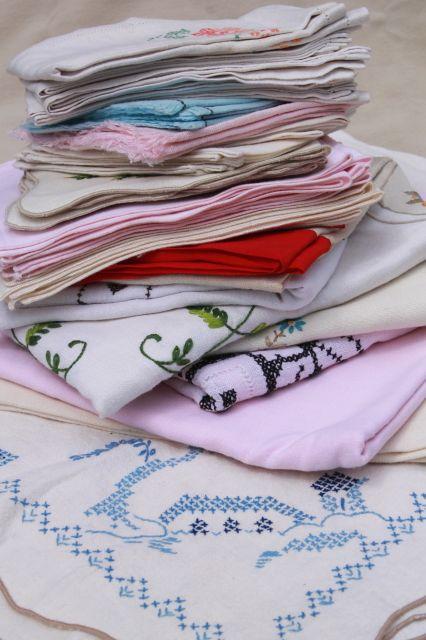 Lot Of Vintage Table Linens, Cotton U0026 Linen Cloth Tablecloths, Napkins U0026  Sets. Flour Sack ...